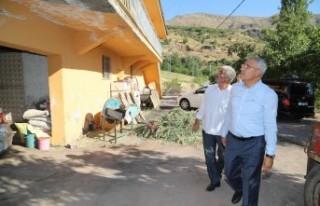 Başkan Güder Depremzede Aileleri Ziyaret Etti