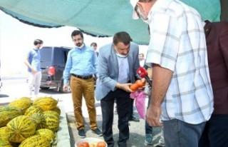 Gürkan'dan Narmikan'da Çiftçilere Destek