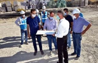 Vali Baruş Gelincik Tepesi Deprem Konutlarını İnceledi