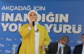 Çalık: 'CHP şirazeden çıktı savrulup duruyor'