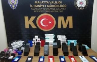 Malatya'da Kaçak Cep Telefonu Operasyonu