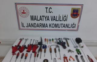 Malatya İl Jandarma Komutanlığı 11 hırsızlık...