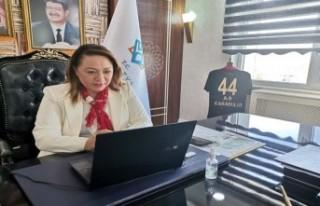 Rektör Karabulut, 'Online eğitimde rol model...