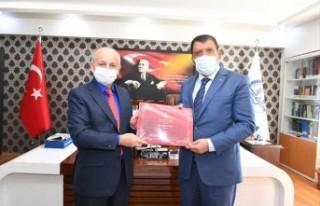 Başkan Gürkan İl Müftüsü Işıldar'ı ziyaret...