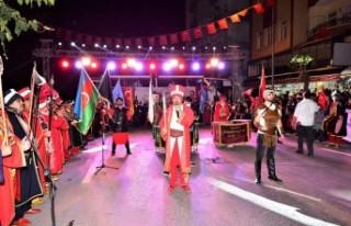 Malatya'da Saat19.23'te Havai Fişek Gösterisi...