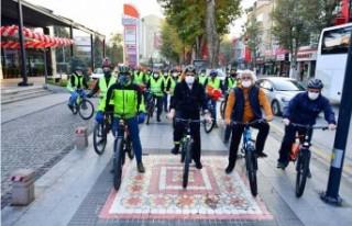 10 Kasım Nedeniyle Bisiklet Turu Düzenlendi