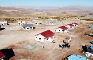 Başkan Güder: 'Köy Evleri Yıl Sonunda Teslim...