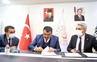 Gürkan: Sosyal Hizmet Belediyeciliği İçin Önemli...