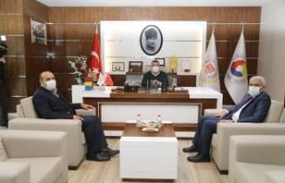 Başkan Güder: 'Malatya Ticaret Borsası Kayısı'mızın...