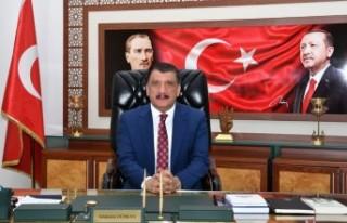 Gürkan,' Medya Toplumun Olmazsa Olmaz Koşuludur'