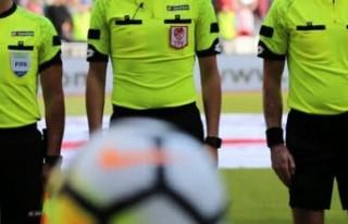 Kayserispor-Yeni Malatyaspor maçında Erkan Özdamar...