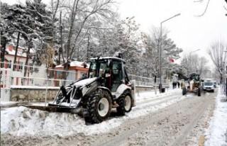 Malatya Büyükşehir Belediyesi'nin Karla Mücadelesi...