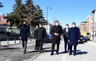 Başkan Gürkan, İstasyon Caddesi'ndeki Genişletme...