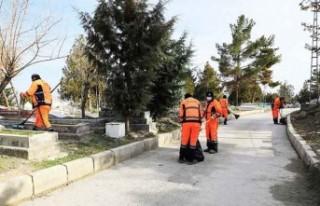 Battalgazi'deki Mezarlıkların Bakımı Başladı