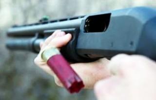 Malatya'da 2 Çocuk Babası Av Tüfeği İle...