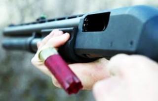 Malatya'da Lise Öğrencisi Babasını Tüfekle...
