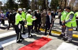 Trafikte Yaya Önceliği İçin Malatya'da Kırmızı...