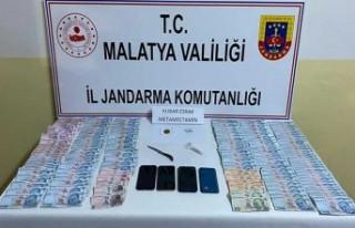 3 Dolandırıcı Doğanşehir'de Yakalandı