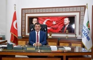 Başkan Gürkan'ın 23 Nisan mesajı