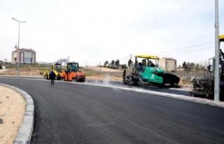 Başkan Gürkan, Yakınca Mahallesinde yol çalışmalarını...