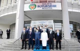 Diyanet İşleri Başkanı Ali Erbaş'tan Başkan...