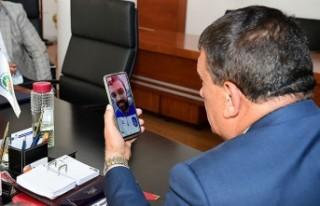 Başkan Gürkan, Anadolu Efes'in 44 numaralı formasını...