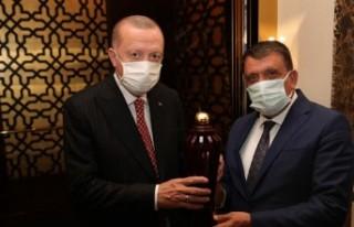 Başkan Gürkan, Cumhurbaşkanı Erdoğan'ı seçkin...