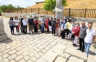 Battalgazi Tarihiyle Turist Kafilesini Cezbetti