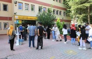 Malatya'da TYT sınavı heyecanı yaşandı