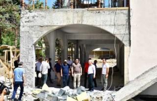 Başkan Çınar, Gündüzbey Sosyal Tesislerini İnceledi