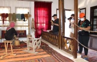 Fotoğrafseverler, Battalgazi'deki Tarihi Mekanları...