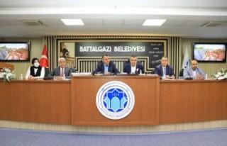 Başkan Güder: 'Battalgazi'mizi doğru ve...