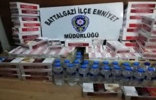 Polisten kaçak alkol ve sigara operasyonu