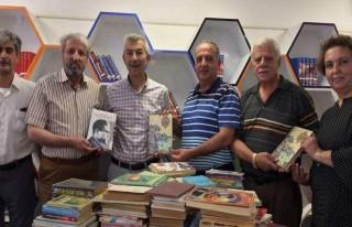 AKA-DER'den Arapgir'e Kitap Yardımı