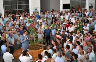 Başkan Gürkan, Büyükşehir Belediyesi çalışanlarıyla...