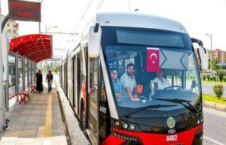 Büyükşehir Belediye Otobüs Ve Trambüsleri Bayramın...