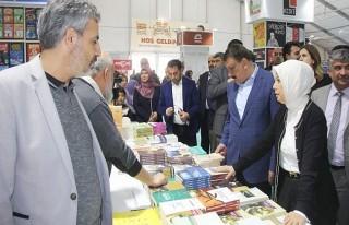 Çalık, 8. Anadolu Kitap ve Kültür Fuarında