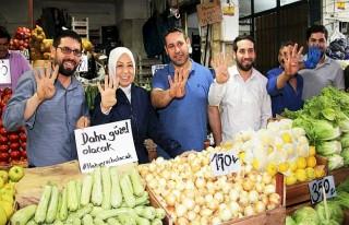 Çalık, Meyve ve sebze satışı yapan esnaflarla...
