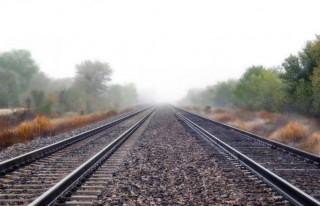 Malatya Yolunda Askeri mühimmat taşıyan tren raydan...