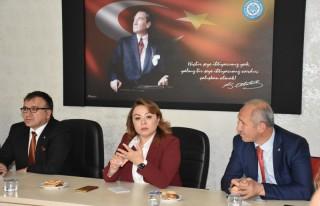 Rektör Karabulut; 'Yurt yapılınca kız öğrenciler...