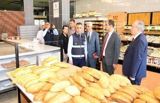 Yeşilyurt Belediyesi ekiplerinden ramazan öncesi...
