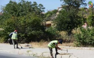 Büyükşehir'den Cadde Ve Sokaklarda Bakım Onarım Çalışmaları