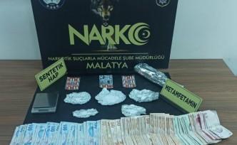 Malatya'da Narkotik Şube Torbacılara Göz Açtırmıyor: 5 Tutuklama