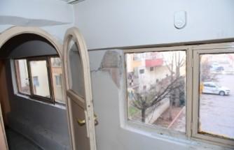 Valilik Açıkladı! 430 Bina yıkık, 4 Bin 128 bina ağır hasarlı