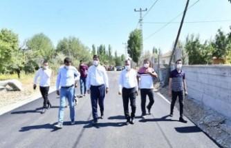 Yeşilyurt Belediyesi Şahnahan'da Hizmete Devam Ediyor