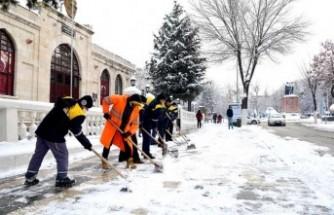 Büyükşehir Belediyesi 698 Mahalle Yolunu Ulaşıma Açtı
