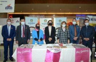 '8 Mart 8 Ressam' Sergisi Açıldı