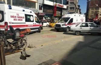 Otomobil ile motosiklet çarpıştı: 3 yaralı
