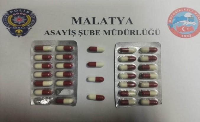 Malatya'daki Denetimlerde Silah ve Uyuşturucu Ele Geçirildi
