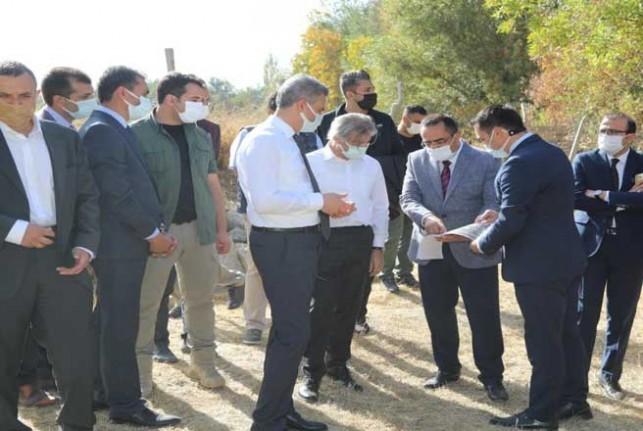 Demircan, Battal Gazi'nin doğduğu evin alanında incelemelerde bulundu
